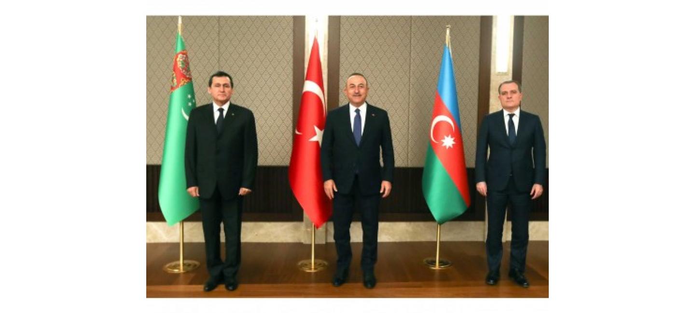 В Анкаре состоялась трехсторонняя встреча руководителей внешнеполитических ведомств Туркменистана, Азербайджана и Турции